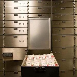 Из банковской ячейки в Москве похитили €400 тыс.