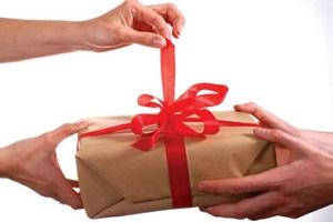 Если договор дарения признан недействительным с кого взыскиваются